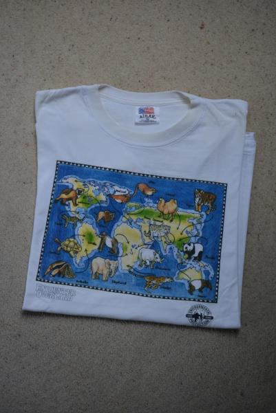 T-shirt 4