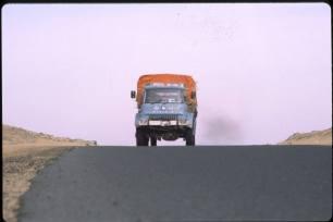 GLP203J Algeria 1981 - training trip (Lance Thomas) - 2