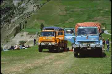 JNM600V at Sonamarg, Kashmir 1982 (Lance Thomas)