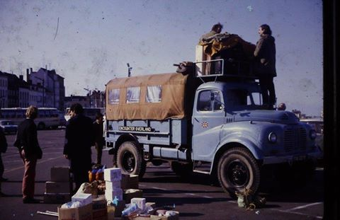 This was the start of Encounter Overland's first selection/training trip - to Iran, Spring, 1969 - led by Stuart Jenkins. The photo was taken at Dover. (YNK229F had just returned from a North Africa (Morocco, Algeria) trip led by Tony Weldon and Jonathan Kickham.) Chris Marks on the far left.