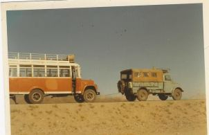 YNK229F tows Afghan bus back to town (Peggy Gregory-Jenkins)