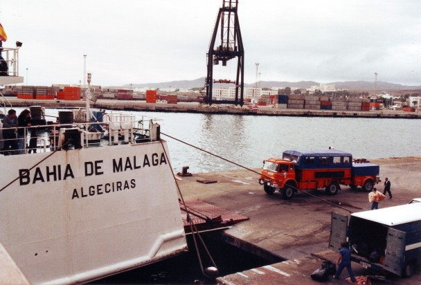 Q124MPP Boarding ferry at Algeciras 1989 (Ian Richards)