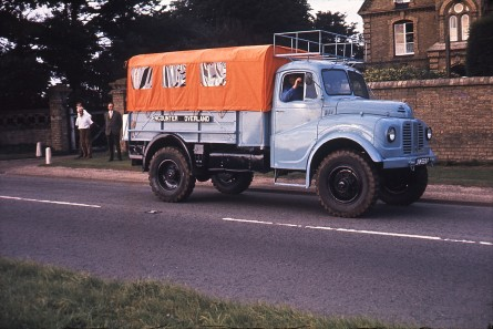 JNM668F leaving Wren Park 1968 (Adrian Mortimer driving, with Bernard Allen and Hector Rumball)