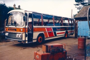 VNS822R in old livery
