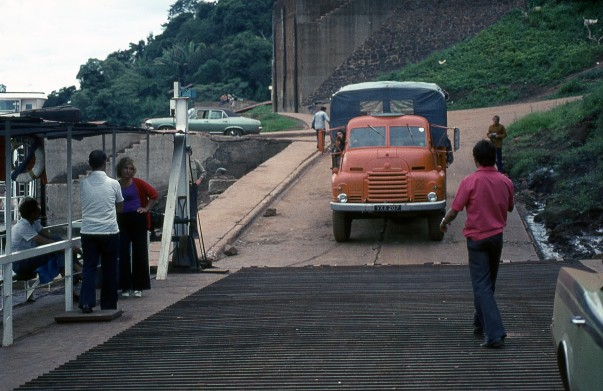 VXX207 Loading onto Rio Iguacu Ferry (Bruce Davidson)